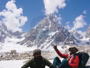 Sahib Noor & Sakhi on Snow Lake trek